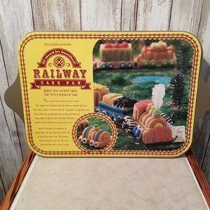 NWT WILLIAMS SONOMA RAILWAY CAKE PAN MADE IN USA